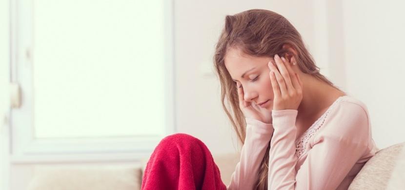 Migrénu způsobují i některé potraviny: Vyhněte se čokoládě a zralým banánům
