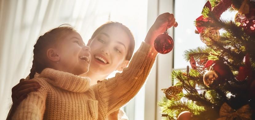 Nejoblíbenější české vánoční tradice a zvyky: Nezůstávejte jen u adventního věnce či jmelí