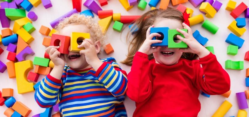 Válečný veterán Jim Annis vyrábí každé Vánoce dětem v nouzi hračky: Dělá to už padesát let