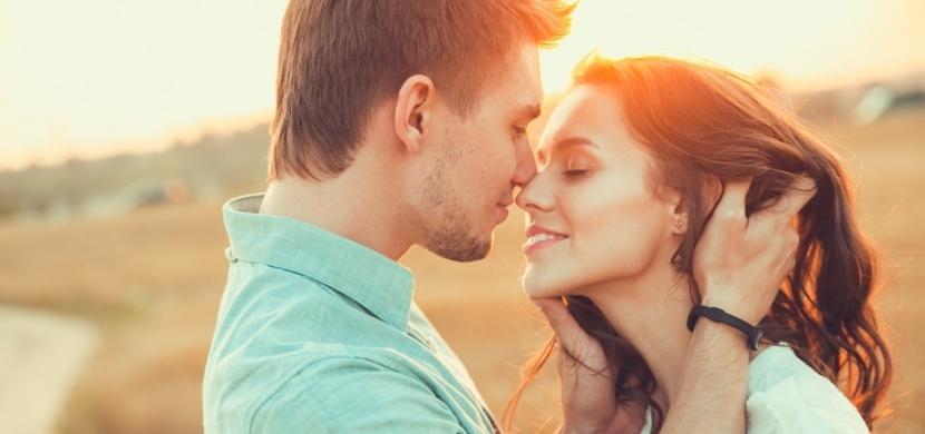 Co muži chtějí ve vztahu: Od svých partnerek očekávají porozumění i svobodu
