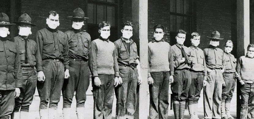 Španělská chřipka se prohnala světem před sto lety. Měla vážnější průběh i vyšší úmrtnost nežli nový koronavirus