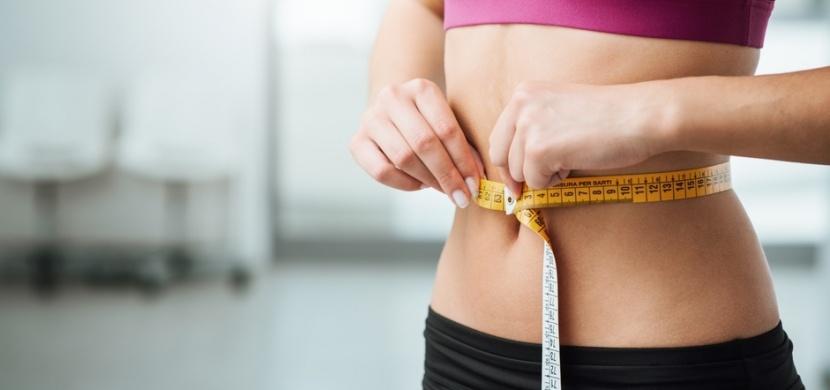 Jak zhubnout břicho: Cvičte s vlastním tělem a omezte lepek