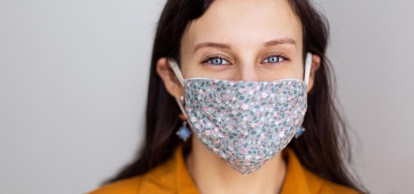 Máte alergii na pyl? Připněte si na roušku sponku, radífacebooková výzva