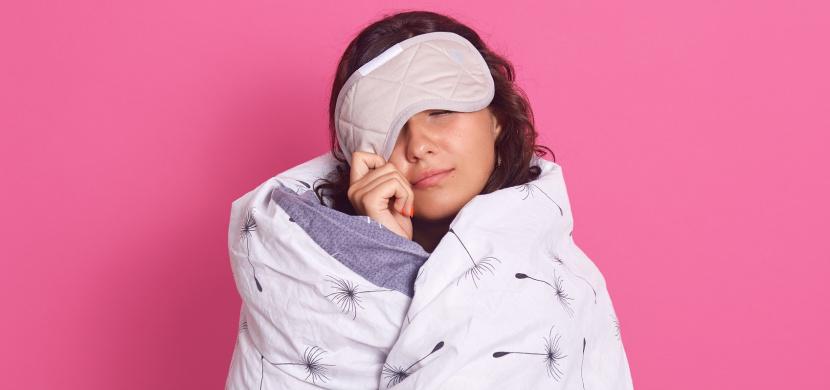 Usnout za 60 sekund vás naučí metoda 4-7-8. Toto dýchací cvičení zahání stres, úzkost i nervozitu
