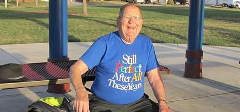 Tento muž dlouhých 78 let skrýval tajemství. Odhalením pravdy šokoval tisíce lidí