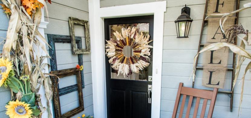 Podzimní dekorace z kukuřice jsou jednoduše krásné: Vyrobte si věnec nebo originální svícen
