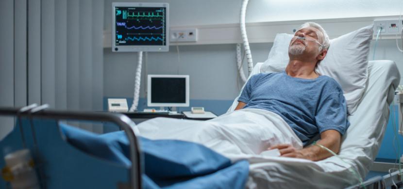 Slovenský praktický lékař Rastislav se nakazil koronavirem ve své ordinaci. 48letý muž bojuje o život v ružomberské nemocnici, jeho stav je vážný