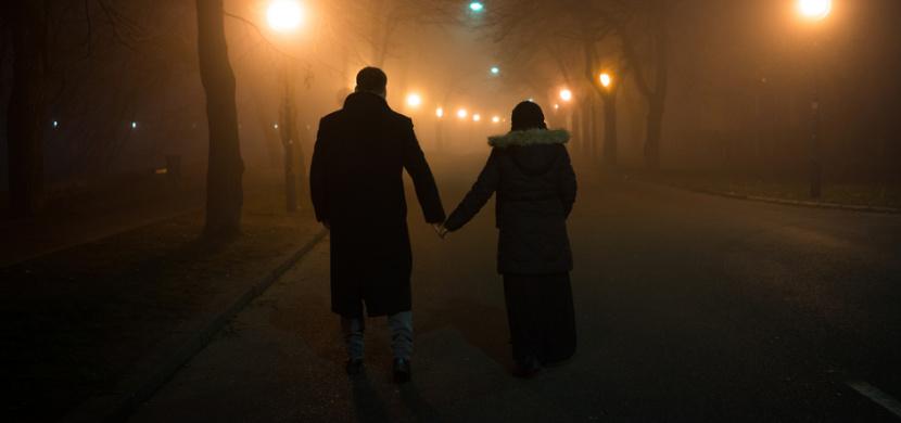 Zákaz nočního vycházení či zákaz nedělního prodeje. Česká vláda oznámila další opatření, platí od půlnoci 28. října