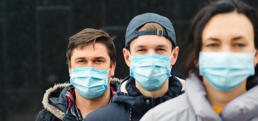 Koronavirus v Česku: Počet nově nakažených klesá, covid-19 má aktuálně méně než sto tisíc Čechů