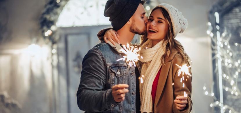 Silvestrovské zvyky a tradice: Poslední den v roce pořádně ukliďte, splaťte dluhy a o půlnoci si dejte ovar s křenem