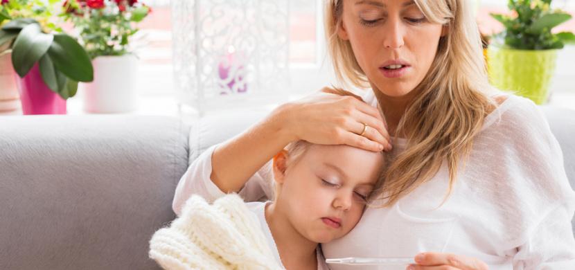 Česká maminka upozorňuje na nebezpečí syndromu multisystémové zánětlivé odpovědi. Její 2letá dcerka je po prodělaném covidu-19 v nemocnici