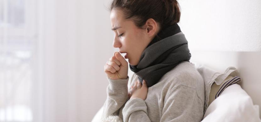 Bramborový zábal na průdušky uleví od bolesti a pomůže s odkašláváním. Tento přírodní lék na kašel používaly už naše babičky