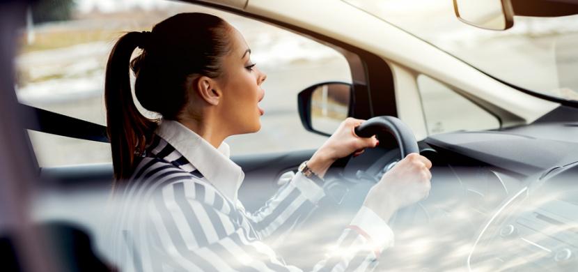 V tomto vědomostním kvízu pohoří 90 procent řidičů: Víte, které auto projede křižovatkou jako první?