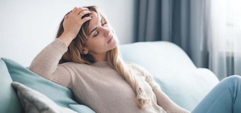12 nejčastějších dlouhodobých problémů po překonání covidu-19: Až 100 procent vyléčených lidí bojuje s únavou