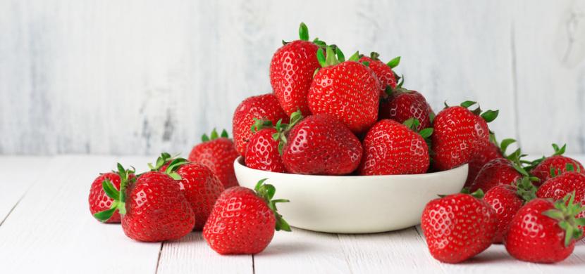 Alergie na jahody se projevuje nejen vyrážkou. Alergická reakce může být velmi nebezpečná