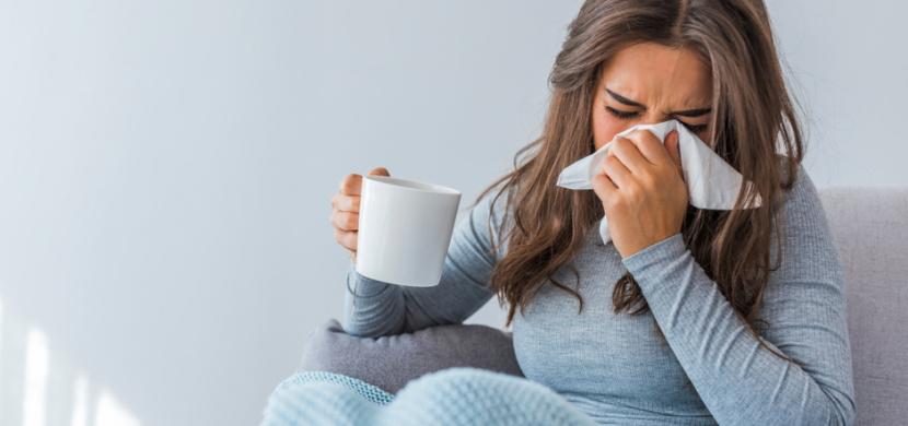 Jak se rychle zbavit rýmy: Pomohou osvědčené postupy i babské rady