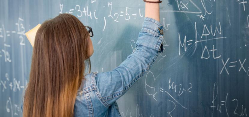 Desetiletá holčička má IQ 162 a studuje dvě vysoké školy. Je geniálnější než Einstein
